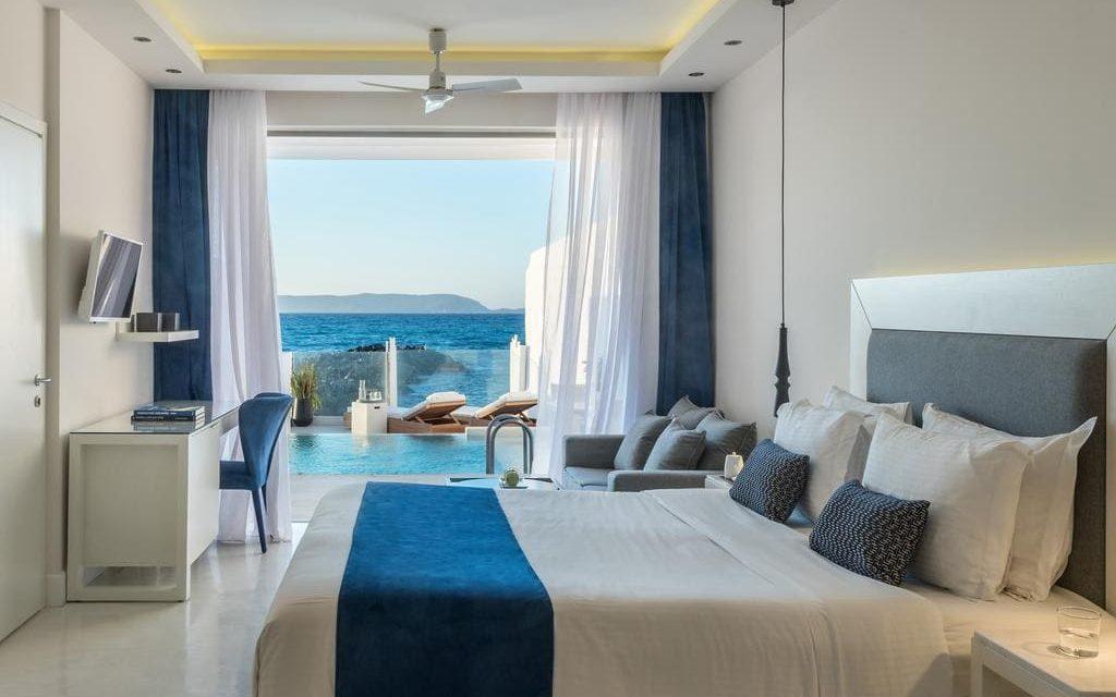 https://mediteranatour.ro/wp-content/uploads/2019/12/3-Knossos-Beach-Bungalows-5-stele-creta-grecia-heraklion-vara-2020-zbor-inclus-charter-demipensiune-all-inclusive-mediterana-tour-1024x640.jpg
