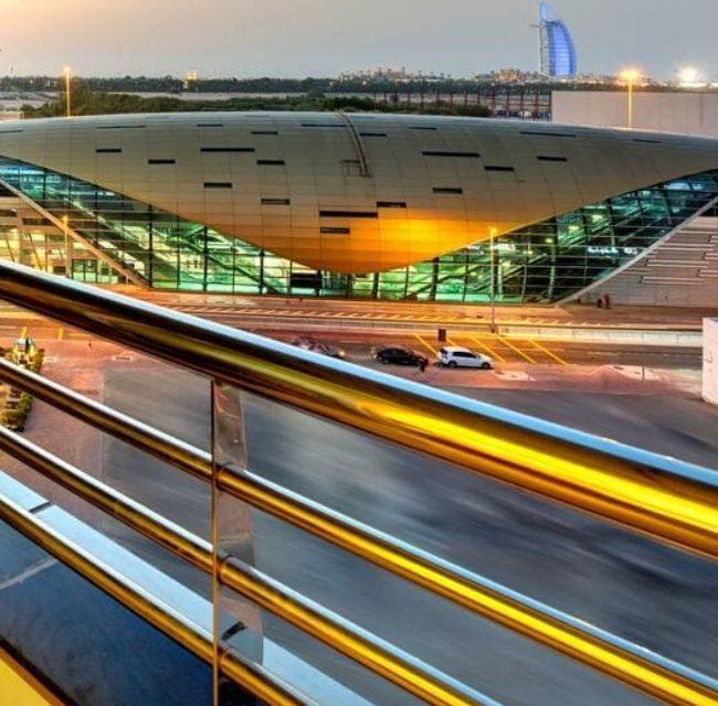 https://mediteranatour.ro/wp-content/uploads/2019/12/reprezentativa-oferta-dubai-last-minute-emiratele-arabe-unite-zbor-charter-inclus-mediterana-tour-cassels-al-barsha-hotel-650x640.jpg
