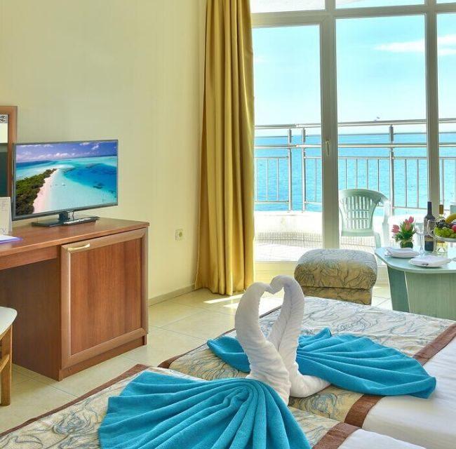 https://mediteranatour.ro/wp-content/uploads/2020/03/oferte-hotel-berlin-golden-beach-rezervari-berlin-golden-beach-nisipurile-de-aur-poza-reprezentativa-650x640.jpg