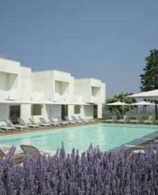 https://mediteranatour.ro/wp-content/uploads/2020/05/reprezentativa-Mera-Resort-din-Venus.-Cazare-oferte-si-recenzii-Mera-Resort-2020-3.jpg